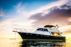 Bayliner_4588_Bahamas_Charter